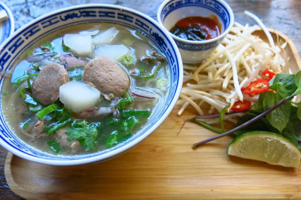Little V: Pho soup