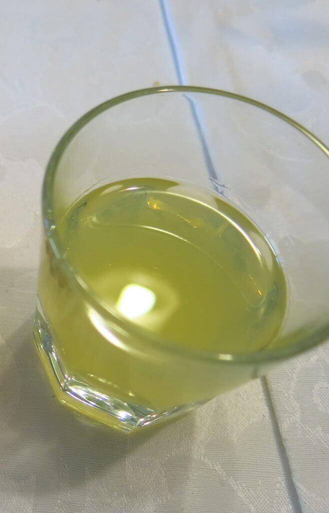 Homemade limoncello (Sapori e Saperi)